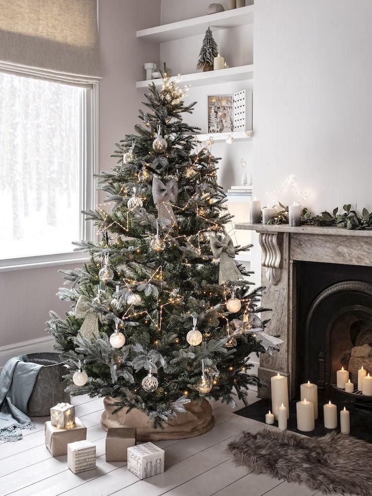 Christmas tree and Mantelpiece