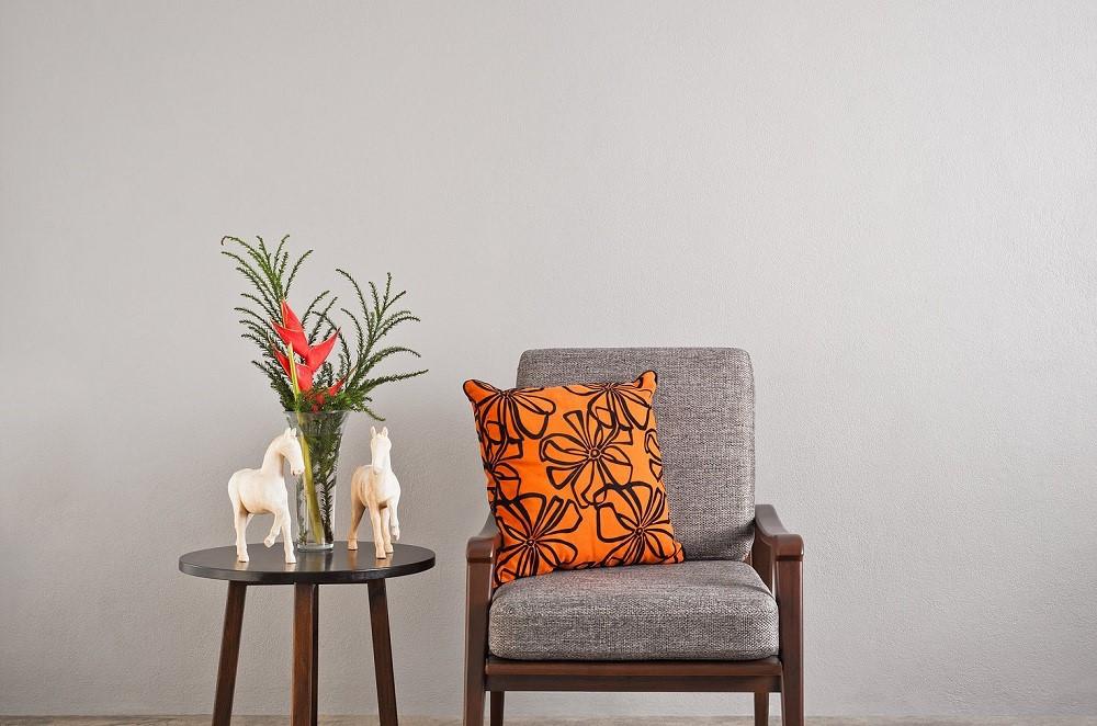 Mid century modern chair with cushion