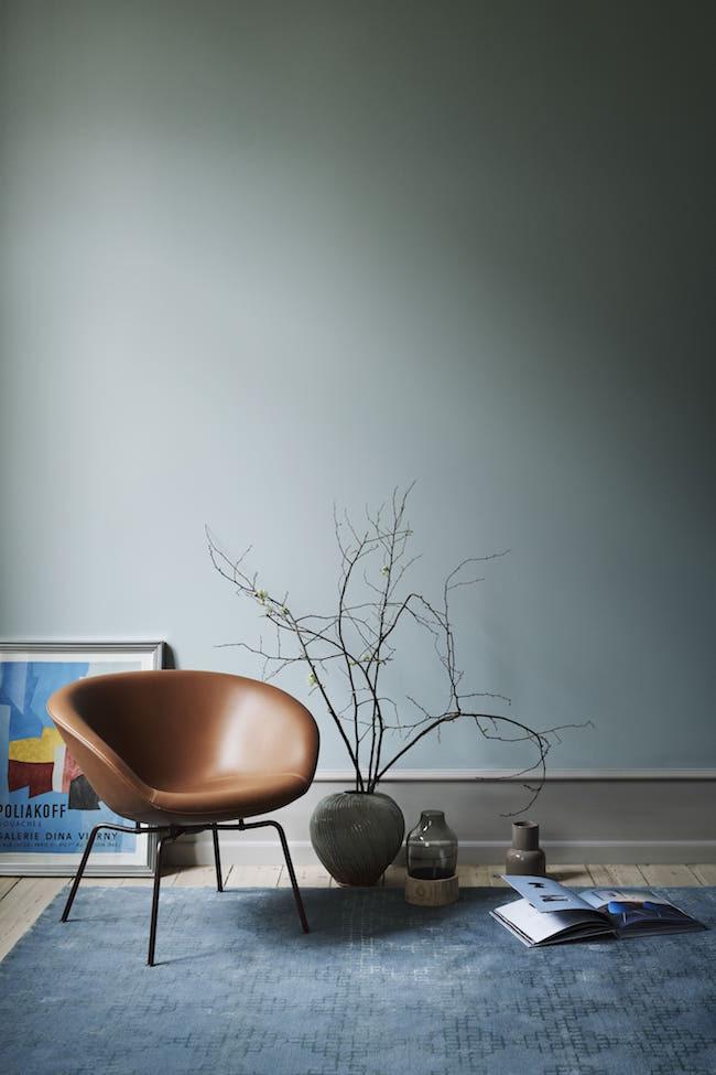 Fritz Hansen Pot Chair in Walnut Leather