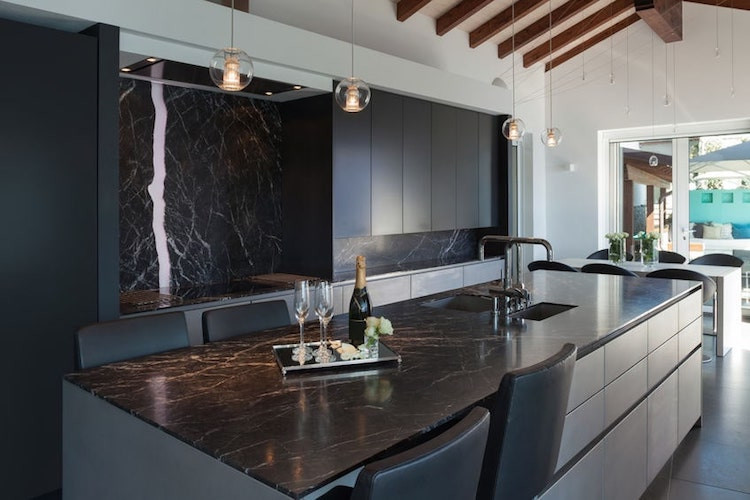Dark marble kitchen