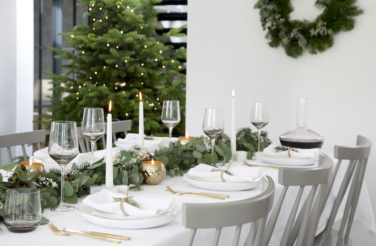 Christmas Dining table centrepiece