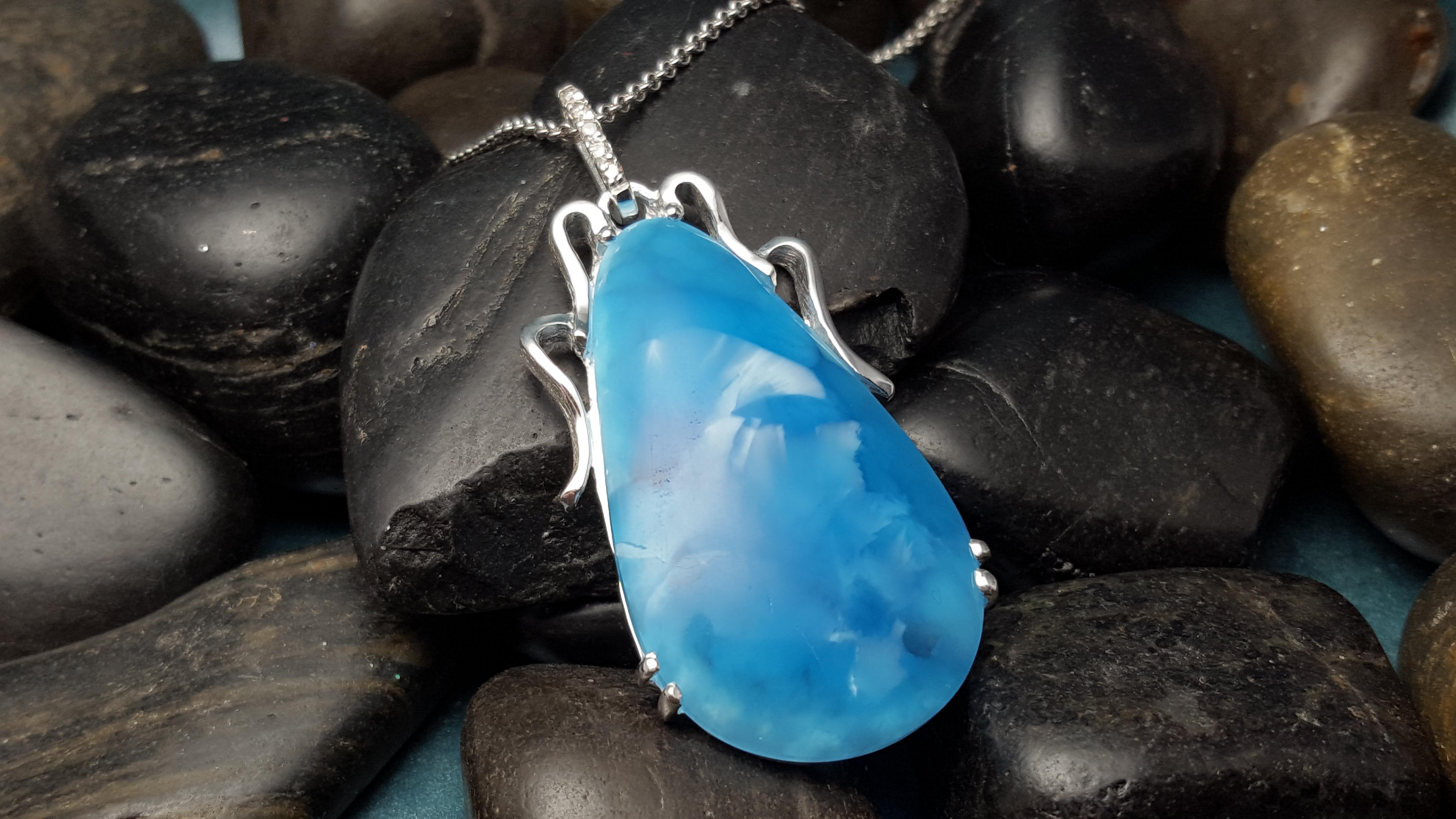 Custom Blue Victoria Stone Pendant.
