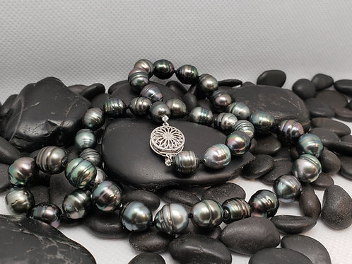 Baroque Black Tahitian Pearl Necklace (8-10mm)