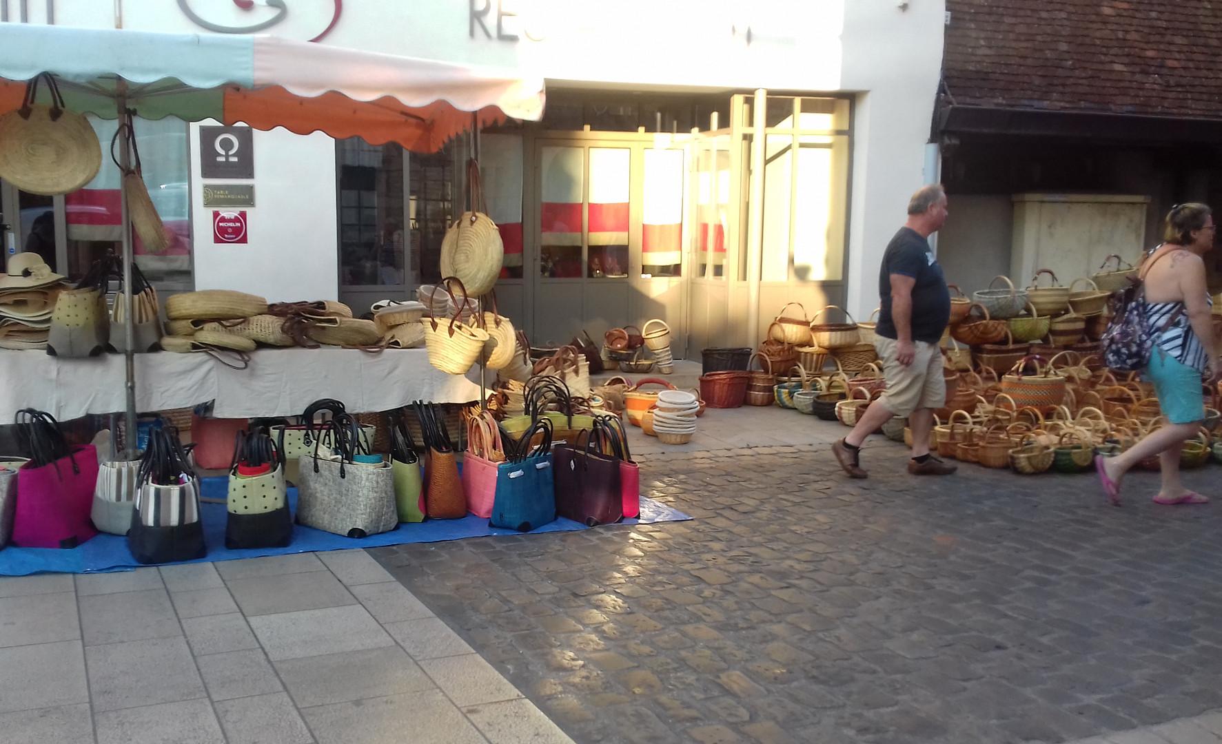 Saturday morning market in Beaune