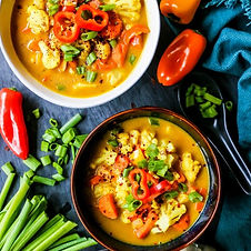 coconut-curry-soup-with-vegetables-vegan