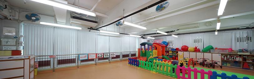 垂直簾-幼稚園並排窗戶 | Hometown Design