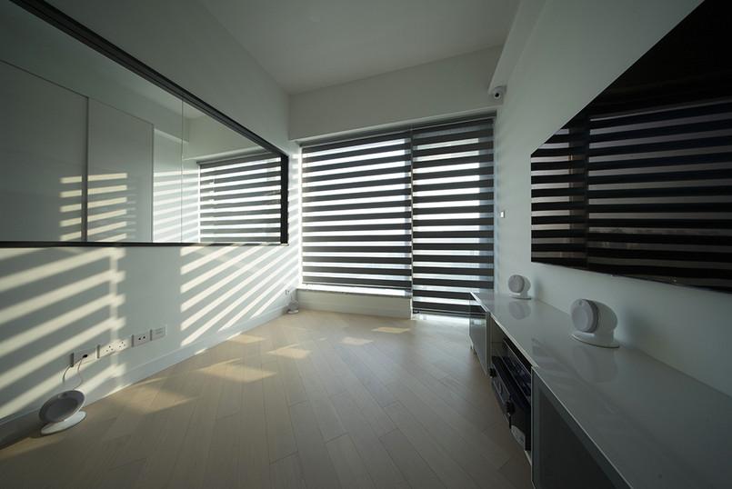 斑馬簾-窗簾及露台門透光效果   Hometown Design