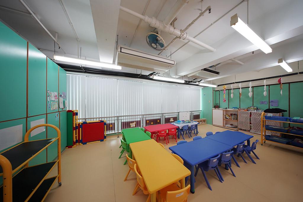 垂直簾-幼稚園容易調光 | Hometown Design