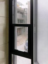 貓網-304不銹鋼三趟樓梯窗戶貓網完成效果 | Hometown Design