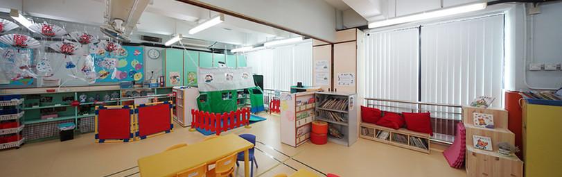 垂直簾-幼稚園活動室控光 | Hometown Design
