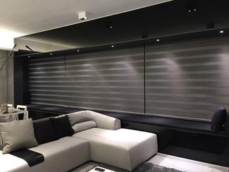 斑馬簾-窗簾型格灰三連效果 | Hometown Design