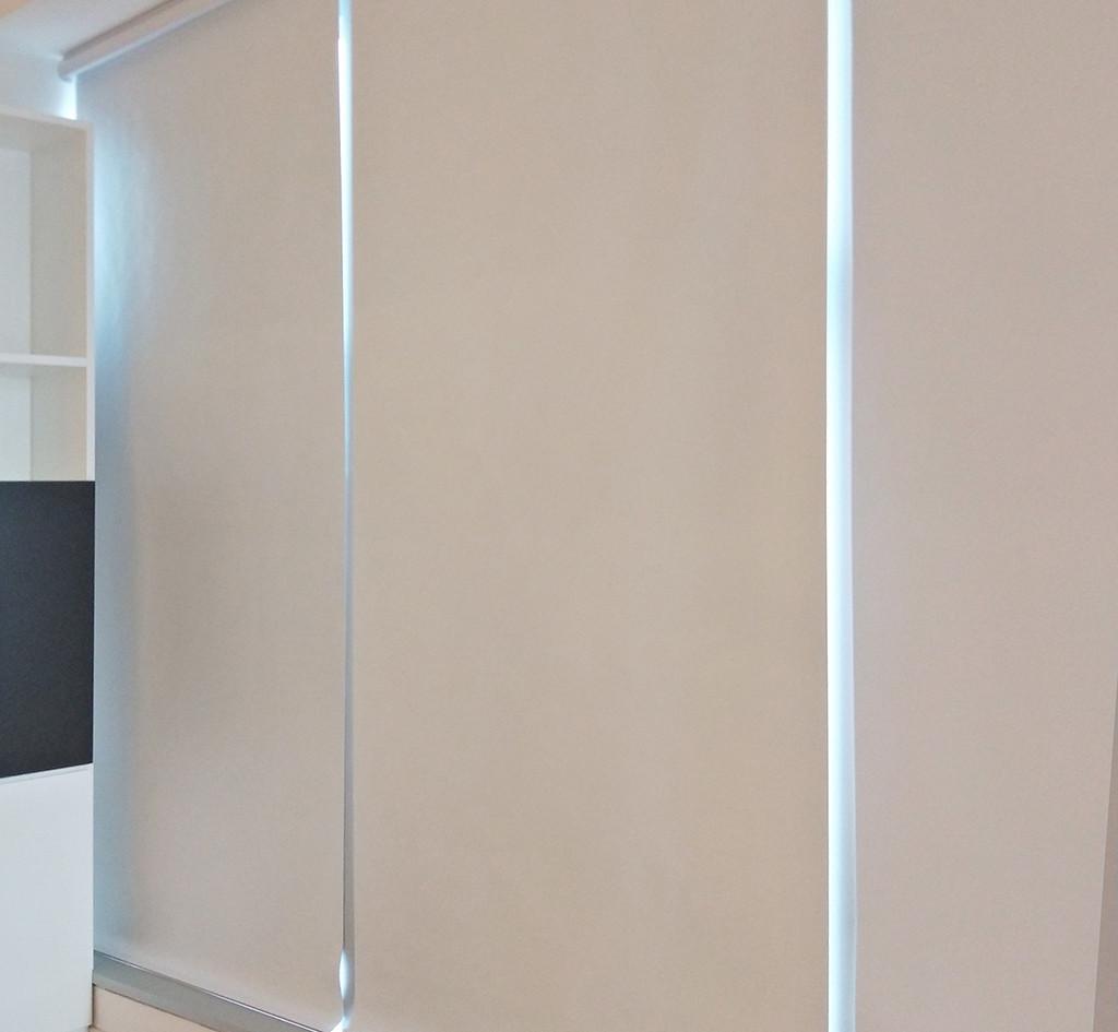 捲簾-商用辦公室遮光效果 | Hometown Design