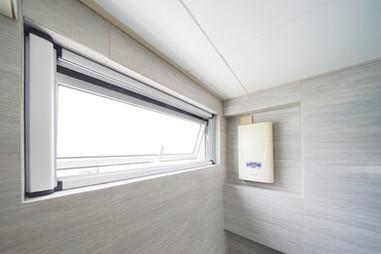 蚊網-捲式氣窗效果 | Hometown Design
