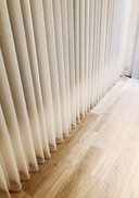 垂直柔紗簾-窗簾質感通透 | Hometown Design