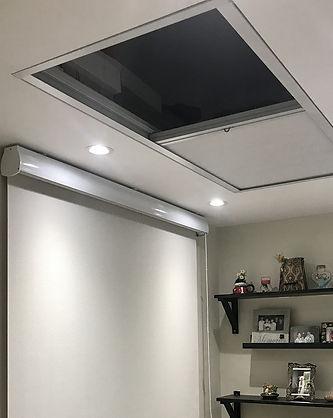 蜂巢簾-玻璃頂窗窗簾安裝效果   Hometown Design