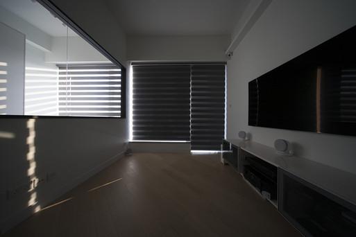 斑馬簾-窗簾強遮光效果 | Hometown Design