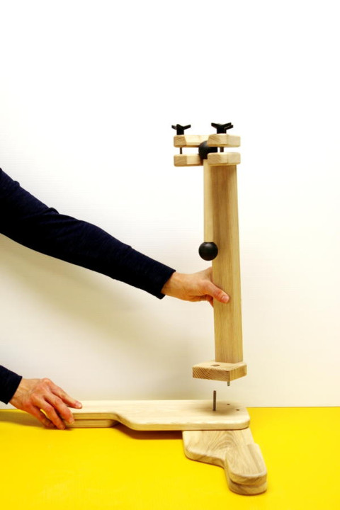 pedestal.assembly.3.600.jpg