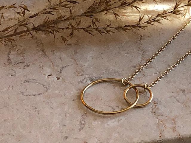 Collier double anneau