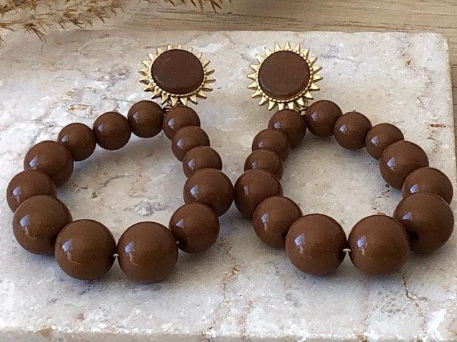 Boucles d'oreilles perles marron