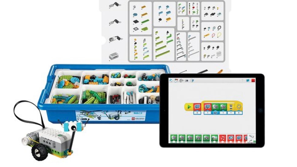LEGO Robotics WeDo 2.0 Core Set (Opened)