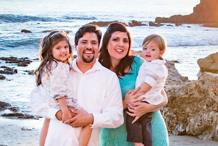 Avila Family-10.jpg