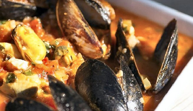 SA Great Mussels Pot