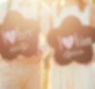 Tauchen Sie als Brautpaar einen Tag lang den Alltag gegen ein unvergessliches Ereignis, umgeben von den wichtigsten Menschen in Ihrem Leben. Wir machen Ihre Hochzeit in Brandenburg unvergessen.