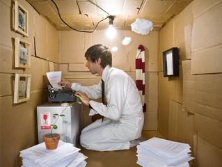 История человека, живущего в картонной коробке