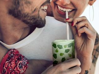 Новая упаковка напитков с бумажной соломинкойскоро появится в России?
