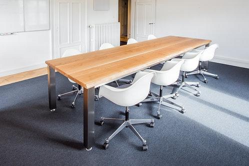 Sitzungs- oder Esstisch