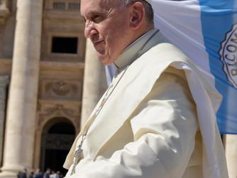 Papst ermutigt Nahost-Christen zum Bleiben
