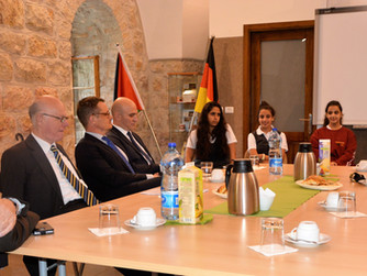 Hoher Besuch an der Schmidt-Schule in Ost-Jerusalem