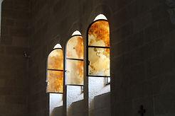 Fenster der Brotvermehrungskirche am See Gennesaret