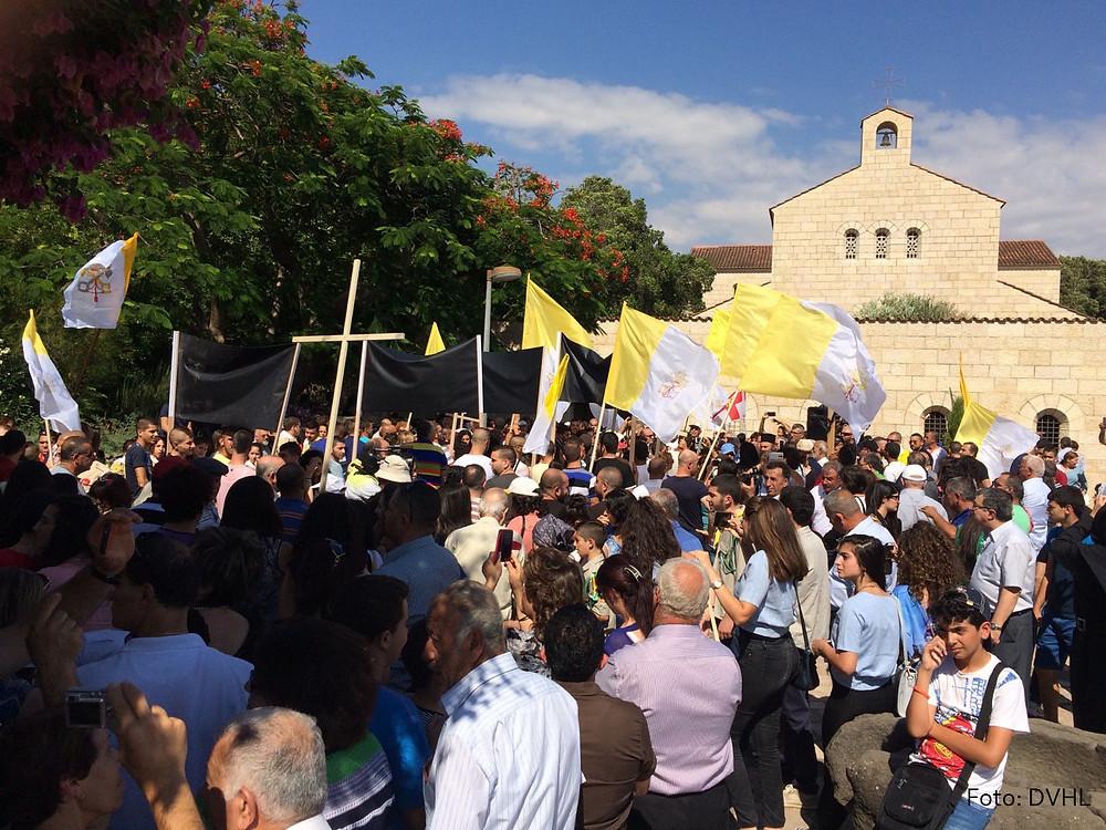 Über 5.000 Menschen hatten sich am Tag nach dem Brandanschlag solidarisch gezeigt.