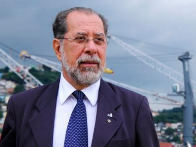 Presidente da Codesp pede descentralização dos portos brasileiros
