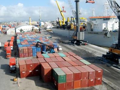 Movimentação portuária cresce 3,64% de janeiro a outubro, diz ANTAQ