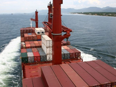 Navegação costeira ganha espaço