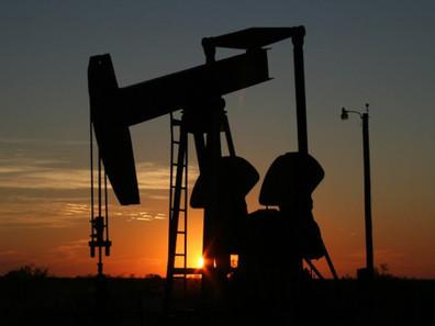 Onda de frio no Texas abala mercado global de petróleo