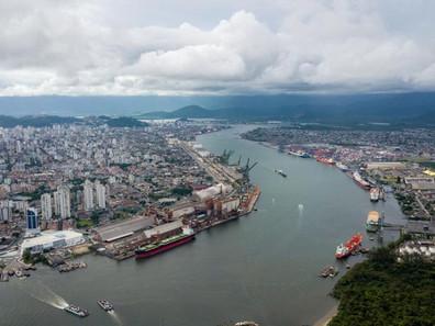Santos é homologado para receber navios de 366 metros