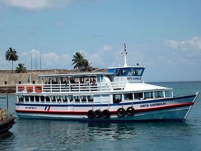 Passageiros sem colete e falta de orientação para emergência