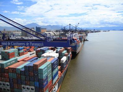Capitania dos Portos aprova navegação noturna no Porto de Paranaguá