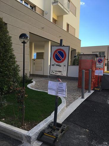 Cartelli divieto di sosta a Milano,noleg