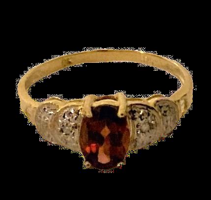 9k Gold Garnet & Diamond Ring Size O