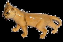 Beswick Lion Cub Facing Left No 2098