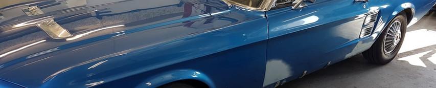 Ford Mustang - Seitenschaden