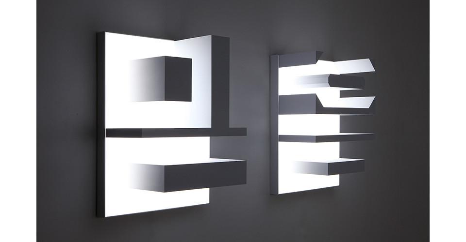 Belief, 2015, ABS, LED, 75 x 99 x 39.5 cm