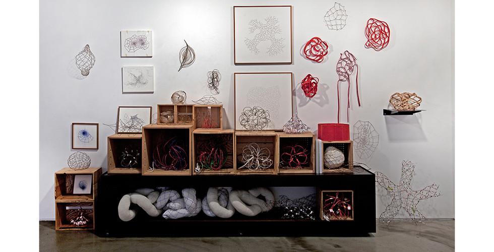 작가의 방 그물망 벽면 Artist's studio Study on Web, 2009-14, 406 x 253 cm
