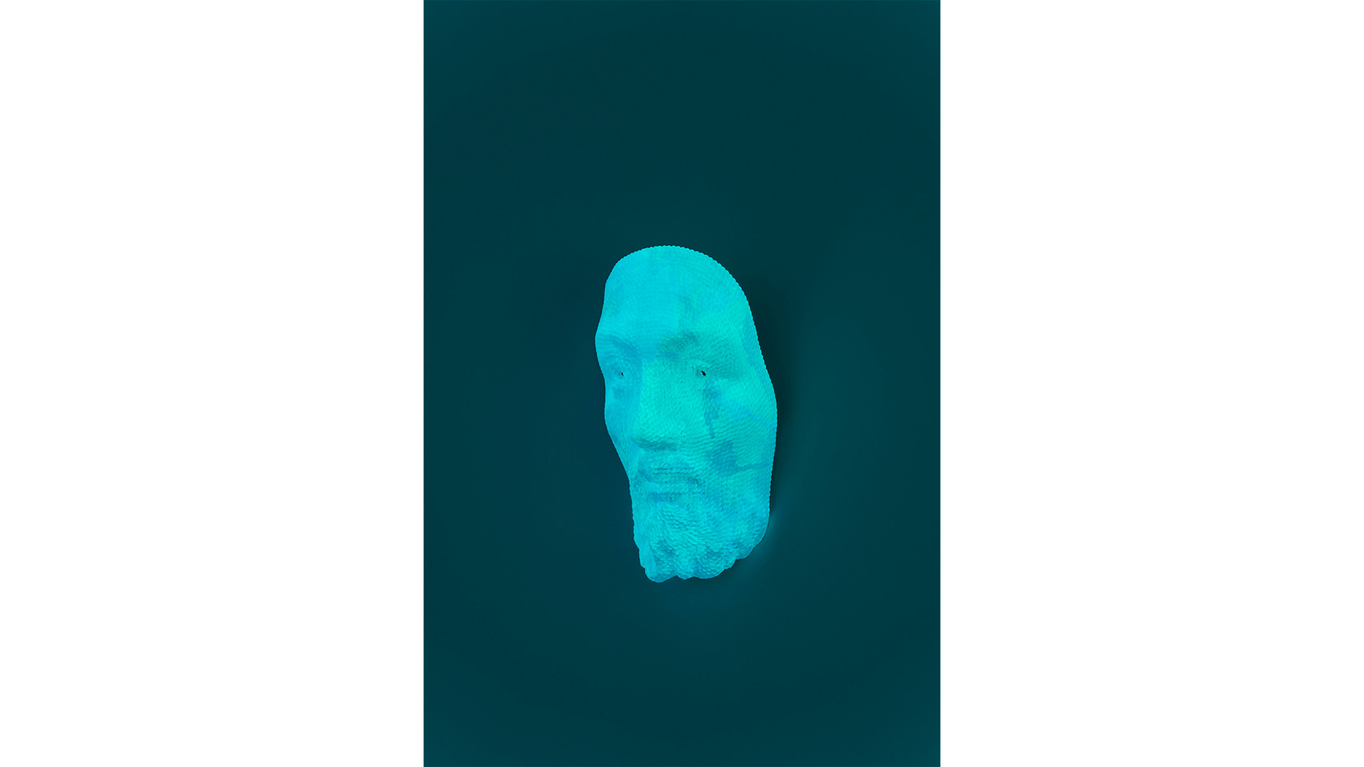 Jesus Mask, 2020, acrylic & phosphorescent pigment on the work of sequins on polyester resin & fiberglass, 31 x 18 x 11 cm