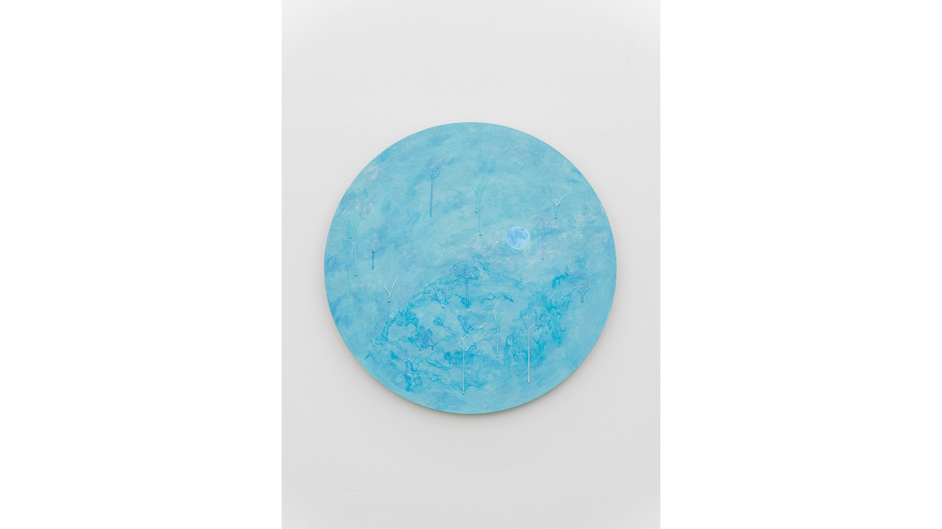 A Particle with the Mountain, 2020, acrylic & phosphorescent pigment on aluminium plate, Ø60 cm