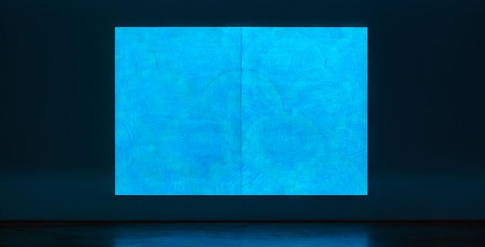 Particles, 2018, acrylic&phosphorescent pigment on canvas, 259 x 388 cm